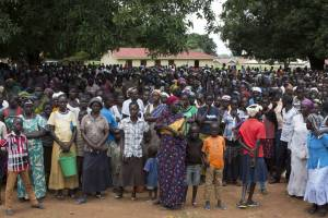 Thousands of internally displaced people gather at Emmanuel Church Compound in Yei, South Sudan. Photo: UNHCR/Rocco Nuri