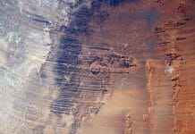 Aorounga impact crater in Chad. Copyright ESA/NASA