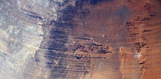 Aorounga impact crater in Chad. Copyright ESA/NASA